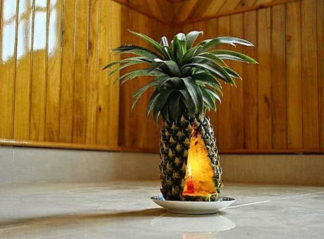 Khử mùi ẩm mốc hiệu quả với trái dứa